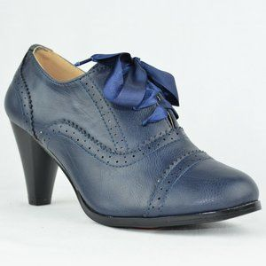 ⭐️ Women's Vintage Heeled Oxford Navy